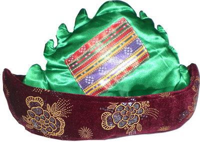 Hacivat (Kavuk groen/rood)